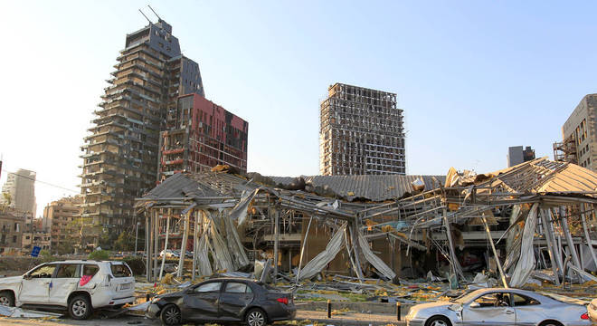 Explosão em Beirute deixou mais de 100 mortos, 100 desaparecidos, 4 mil feridos e 300 mil desabrigados