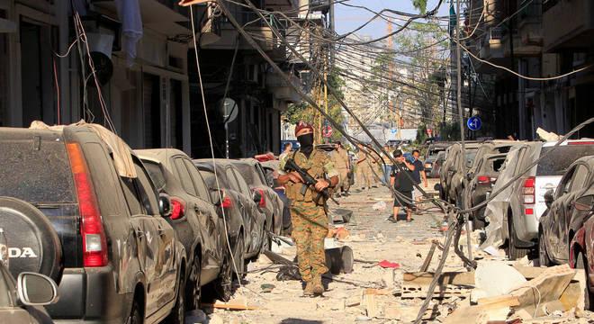 Militares farão a segurança em Beirute durante o estado de emergência