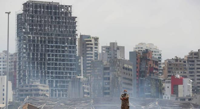 Explosão devastou entorno do porto de Beirute