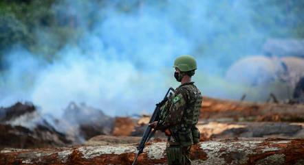 Exército no combate às queimadas na Amazônia