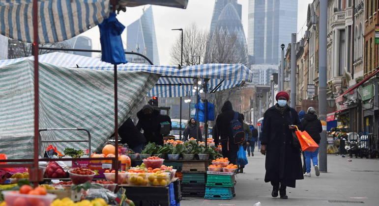 Economia do Reino Unido desabou quase 10% em 2020 por causa da pandemia