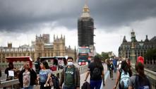 Inglaterra retira quase todas as restrições sanitárias nesta segunda