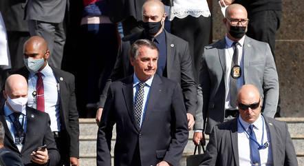 Bolsonaro diz que tenta se antecipar a eventuais problemas