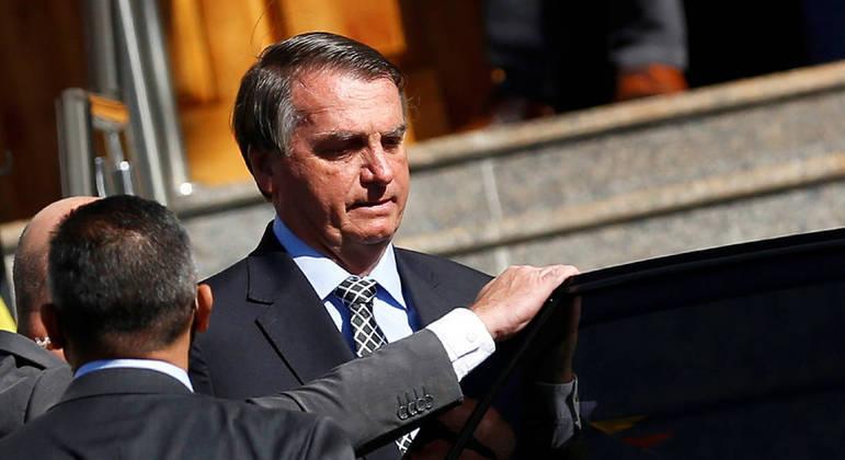 Bolsonaro após sair de templo religioso em Brasília
