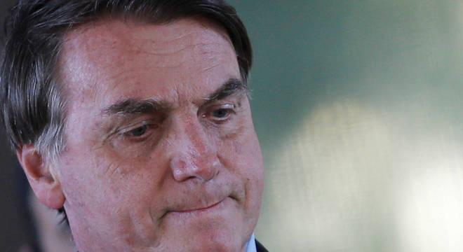 Bolsonaro diz que governo liberou R$ 9,9 bi para combater covid-19