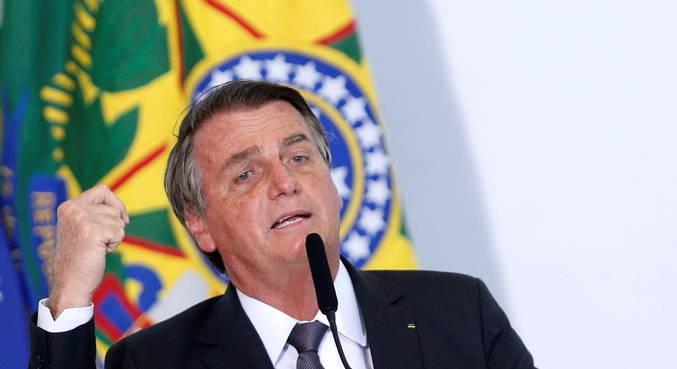 Bolsonaro foi internado em Brasília