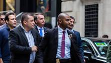 Bolsonaro reage a protestos em Nova York: 'Meia dúzia de acéfalos'