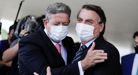 Na imagem, presidentes Arthur Lira e Jair Bolsonaro