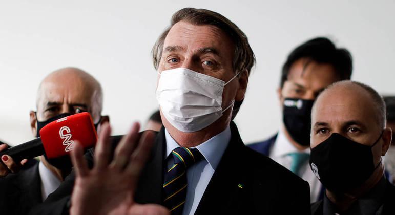 Bolsonaro também voltou a fazer propaganda da cloroquina como tratamento precoce à covid-19