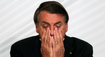 Bolsonaro é pressionado pelos dois lados da disputa