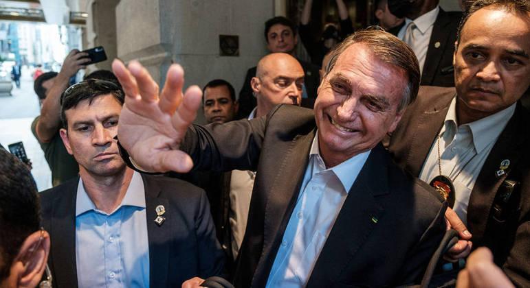 Após chegar dos EUA, Bolsonaro ficará isolado para cumprir quarentena da Anvisa