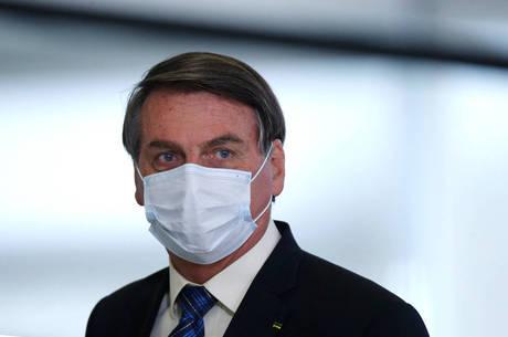 Bolsonaro passa por cirurgia hoje em São Paulo