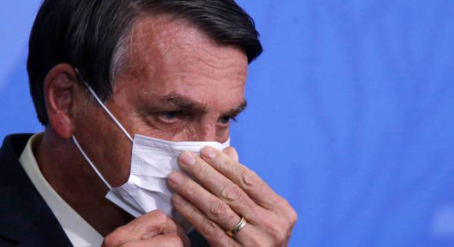 O presidente Jair Bolsonaro que confirmou prorrogação do auxílio