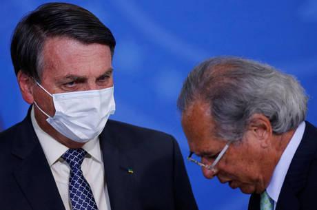Guedes disse que adiamento foi opção de Bolsonaro