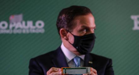 Governador de SP briga, sim, contra a ciência