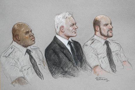 Assange é julgado por espionagem