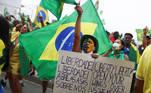 Supporters of far-right President Jair Bolsonaro march in a show of support in Rio de Janeiro, Brazil, September 7, 2021. REUTERS/Pilar Olivares