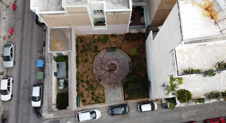 Os pequenos parques são um respiro de natureza em meio a tanto concreto
