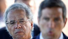 Câmara aprova convocação de Guedes para explicar offshore