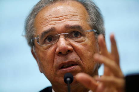 Paulo Guedes prevê recuperação rápida da economia