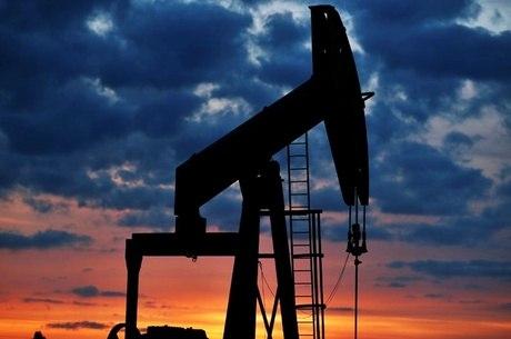 Petrobras reduz dívida, mas perde produção de petróleo e gás ...