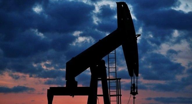 Máquina usada para extrair o petróleo na área do pré-sal