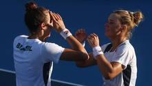 Dupla brasileira ganha de russas e faz história com bronze no tênis