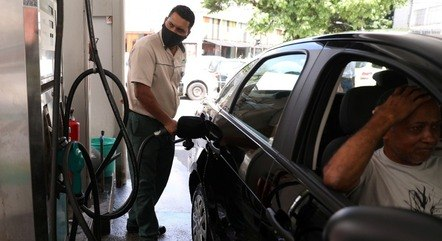 Altas dos combustíveis viraram dor de cabeça