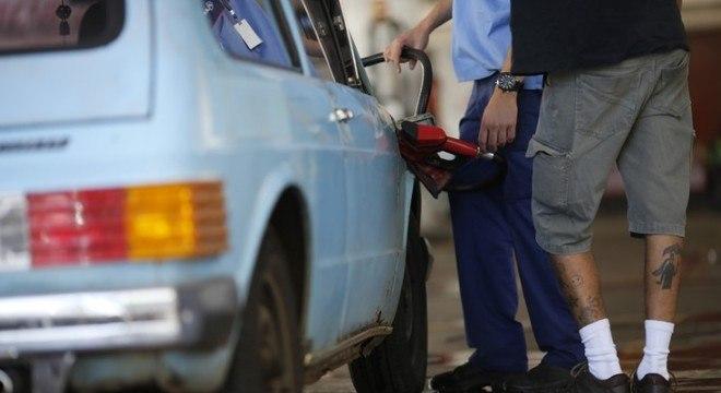 Preço médio do combustível subiu em 19 Estados