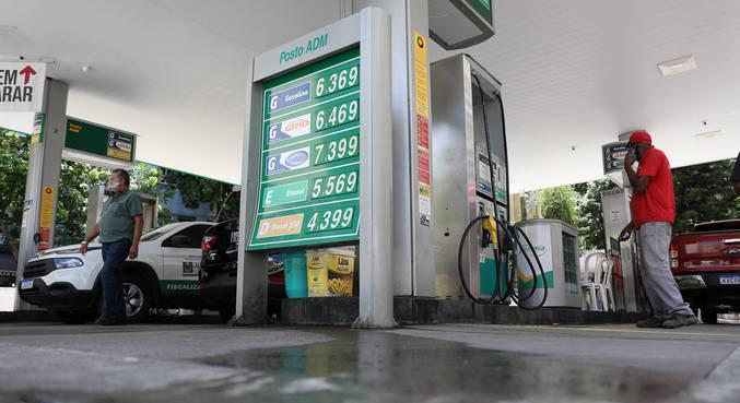 Encher tanque de um HB20 com gasolina custa, em média, mais de R$ 300