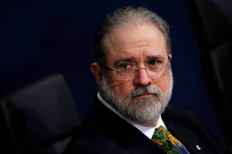 """Aras acusou os colegas por """"oposição sistemática"""""""