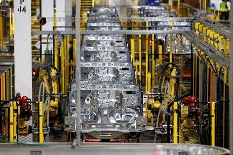 Indústria paulista fecha 5 mil vagas de empregos em agosto, diz Fiesp