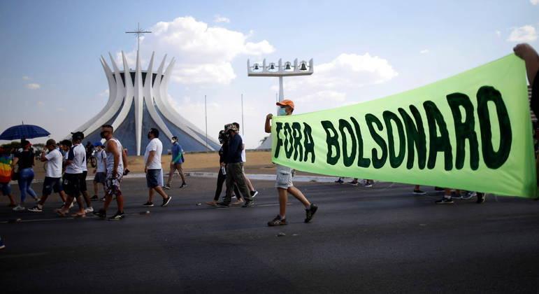 Atos esvaziados, como o de Brasília, tomaram o país no último domingo (12)