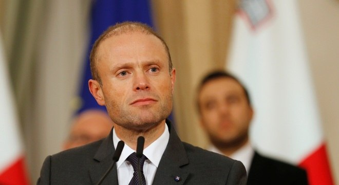 Primeiro-ministro de Malta pretende renunciar após assassinato de jornalista