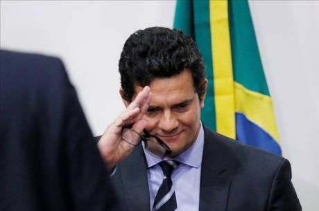 Moro anunciou na manhã desta sexta-feira sua demissão do Ministério da Justiça