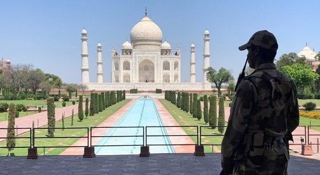 Reabertura do Taj Mahal é adiada