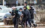 Empregados do mercado conseguiram fugir sem ferimentos durante o tiroteio