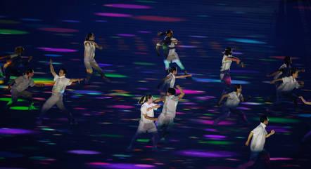 Coreografias exaltaram o esporte como solução