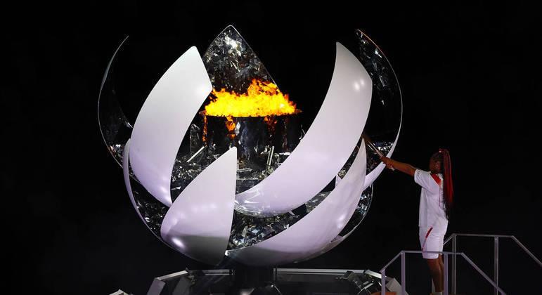 Naomi Osaka acendeu a pira olímpica na cerimônia de abertura