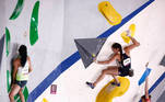 Tokyo 2020 Olympics - Sport Climbing - Women's Combined - Qualification - Aomi Urban Sports Park - Tokyo, Japan - August 4, 2021. Mia Krampl of Slovenia, Kyra Condie of the United States and Song Yiling of China in action during the Bouldering Qualification REUTERS/Maxim Shemetov