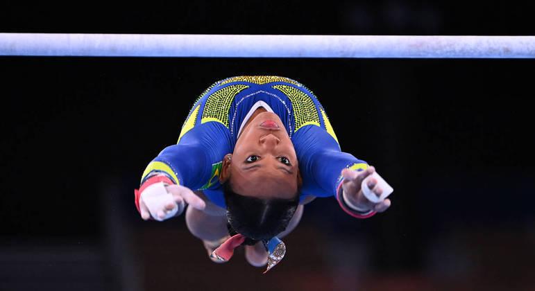 Rebeca Andrade é medalha de prata na ginástica