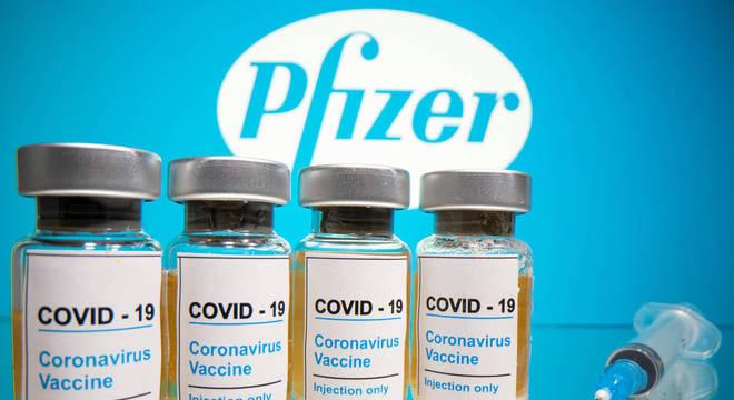 A Pfizer deve pedir autorização para uso emergencial da vacina nos EUA neste mês