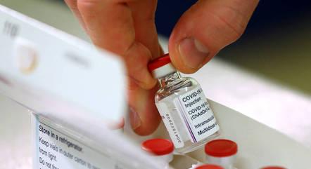 Vacinação no Brasil deve começar no próximo dia 20