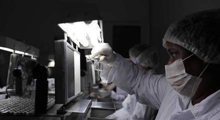 Anvisa: Faltam dados para autorizar uso emergencial da CoronaVac - Notícias - R7 Saúde