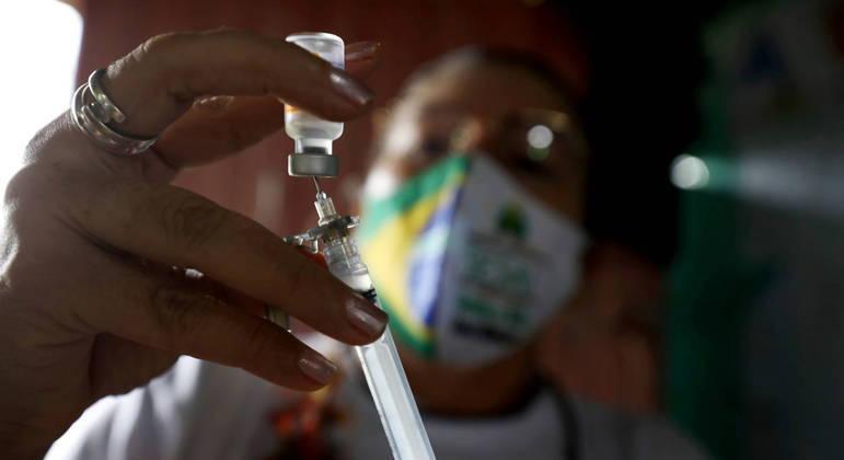 Governo federal vai vacinar maiores de 50 anos em Manaus, capital do Amazonas
