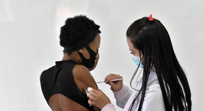 Momento mais esperado por pessoas abaixo de 40 anos: a vacinação contra a covid