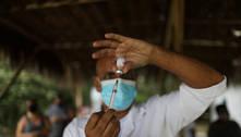 Covid-19: ainda em fase crítica, Brasil é o 5º país que mais vacina