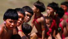 Alvos de ataques de garimpeiros, índios Yanomami pedem socorro