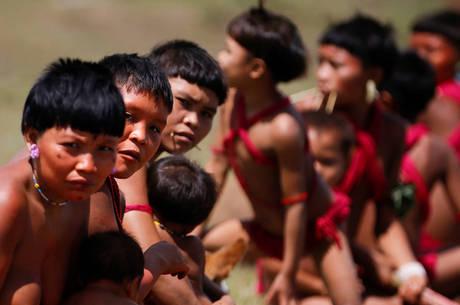 STF exige ações para preservar povos  indígenas