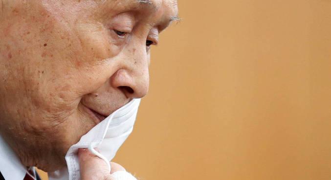 Yoshiro Mori não resistiu à pressão e saiu do Comitê Organizador dos Jogos